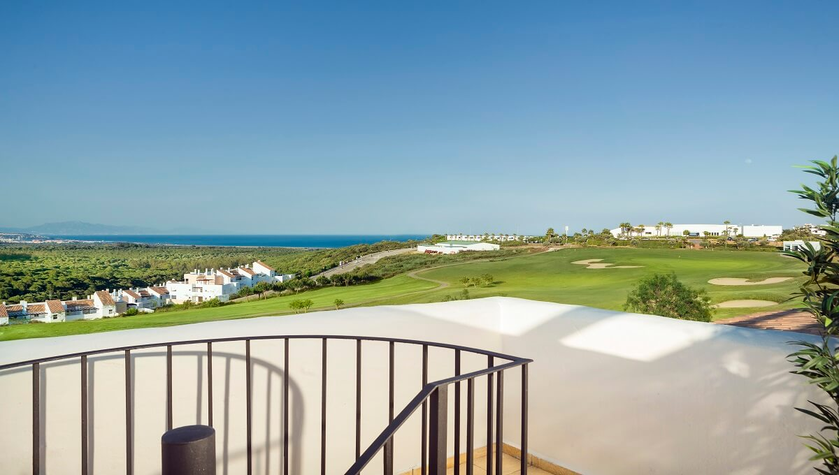 THE PROPERTY AGENT - GOLF AND BEACH (7)