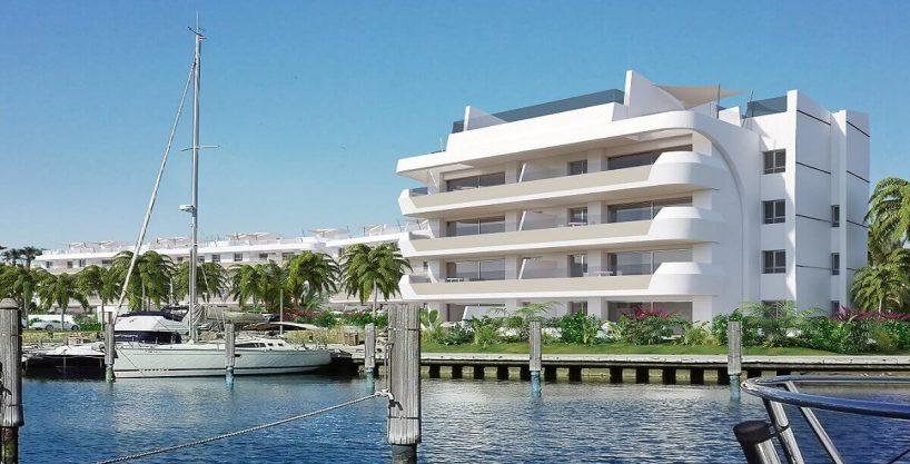 Pier 2 Apartment in Sotogrande