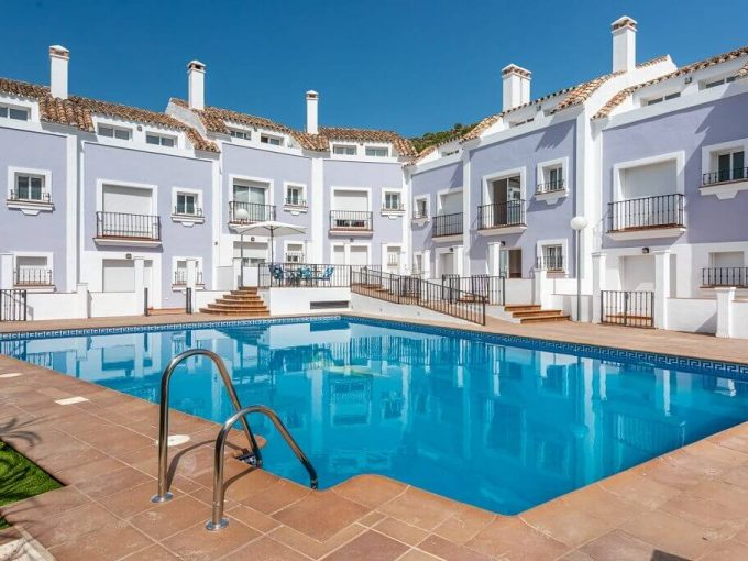 Jardines del Arroyo Benahavis - New townhouse development for sale