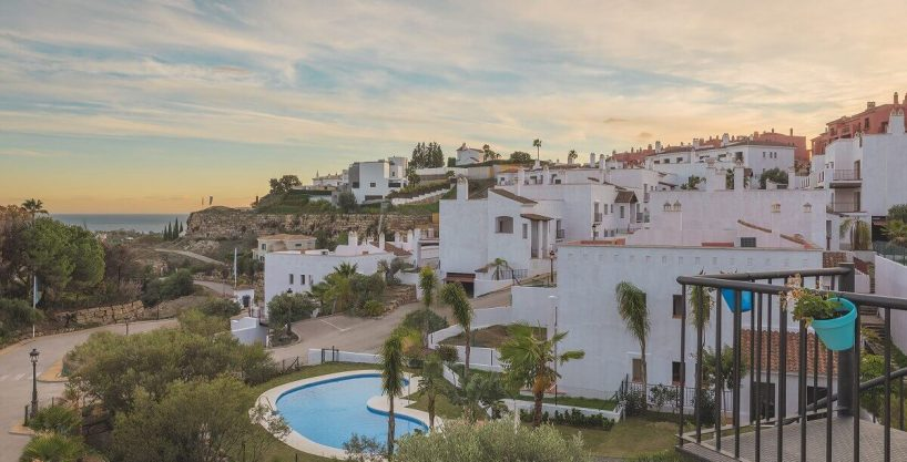 Paraiso Pueblo Resort | Apartments for sale in Benahavis