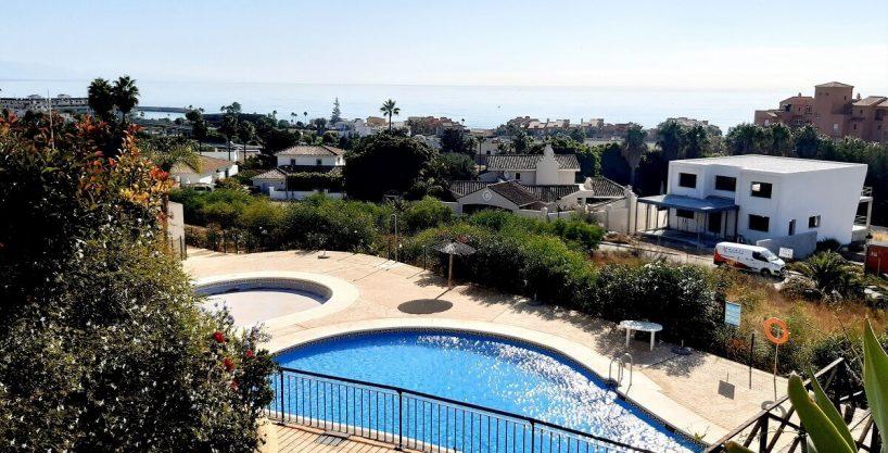 Beautiful apartment for sale in Jardines de la Duquesa